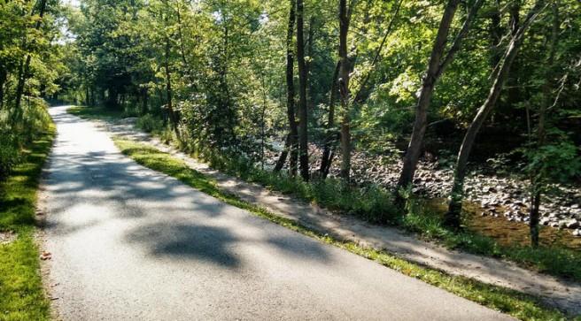 Taylor Creek Park cycle path